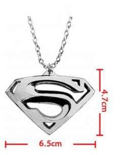 SUPERMAN. COLGANTE LOGO...